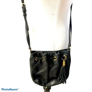 Michael Kors leather crossbody bucket bag black